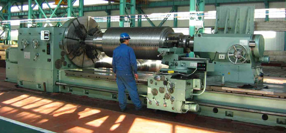 Large-Heavy-Duty-Horizontal-Conventional-Lathe-Machine-for-Turning-Roller-Cylinders.jpg